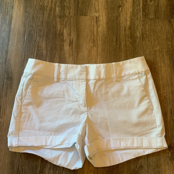 Ann Taylor Pants - Ann Taylor city short